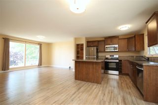 Photo 4: 112 Oak Drive: Wetaskiwin House for sale : MLS®# E4141847
