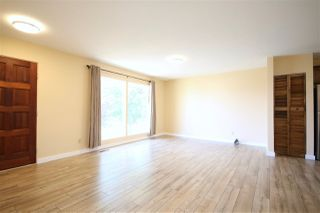 Photo 2: 112 Oak Drive: Wetaskiwin House for sale : MLS®# E4141847