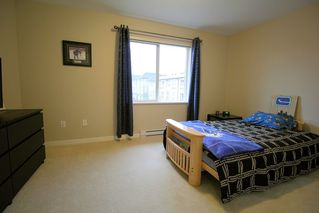 "Photo 10: 37 7938 209 Street in Langley: Willoughby Heights Townhouse for sale in ""Red Maple Park"" : MLS®# R2338370"