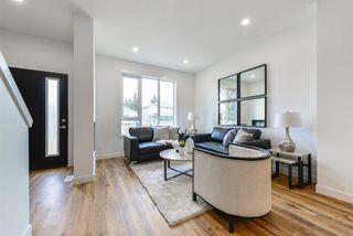 Photo 4: 10330 160 Street in Edmonton: Zone 21 House for sale : MLS®# E4144501