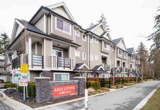 Photo 1: 31 14285 64 Avenue in Surrey: East Newton Townhouse for sale : MLS®# R2348492