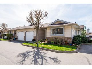 """Main Photo: 38 2023 WINFIELD Drive in Abbotsford: Abbotsford East Townhouse for sale in """"Meadowview"""" : MLS®# R2351834"""