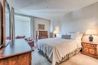 "Photo 11: 406 2271 BELLEVUE Avenue in West Vancouver: Dundarave Condo for sale in ""THE ROSEMONT ON BELLEVUE"" : MLS®# R2356609"