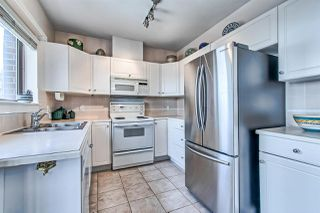 "Photo 7: 406 2271 BELLEVUE Avenue in West Vancouver: Dundarave Condo for sale in ""THE ROSEMONT ON BELLEVUE"" : MLS®# R2356609"