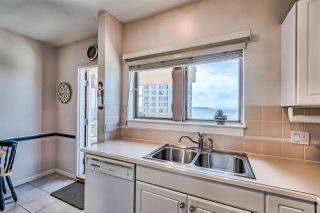"Photo 8: 406 2271 BELLEVUE Avenue in West Vancouver: Dundarave Condo for sale in ""THE ROSEMONT ON BELLEVUE"" : MLS®# R2356609"