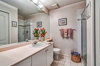 "Photo 10: 406 2271 BELLEVUE Avenue in West Vancouver: Dundarave Condo for sale in ""THE ROSEMONT ON BELLEVUE"" : MLS®# R2356609"