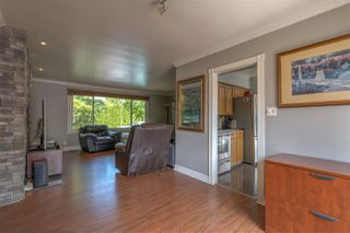 Photo 8: 6676 OAKLAND Street in Burnaby: Upper Deer Lake House for sale (Burnaby South)  : MLS®# R2363134