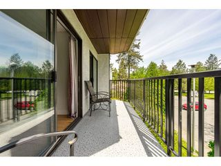 "Photo 18: 213 9952 149 Street in Surrey: Guildford Condo for sale in ""Tall Timbers"" (North Surrey)  : MLS®# R2366920"