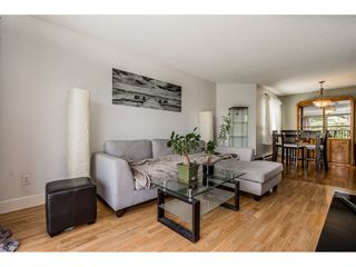 "Photo 5: 213 9952 149 Street in Surrey: Guildford Condo for sale in ""Tall Timbers"" (North Surrey)  : MLS®# R2366920"