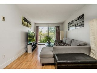 "Photo 4: 213 9952 149 Street in Surrey: Guildford Condo for sale in ""Tall Timbers"" (North Surrey)  : MLS®# R2366920"