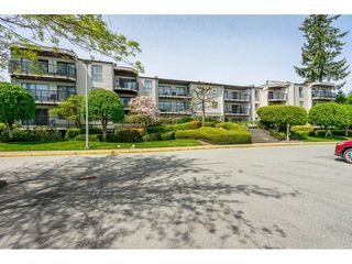 "Photo 2: 213 9952 149 Street in Surrey: Guildford Condo for sale in ""Tall Timbers"" (North Surrey)  : MLS®# R2366920"