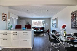 Photo 4: 8220 169 Street in Edmonton: Zone 22 House for sale : MLS®# E4155943