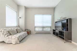 Photo 5: 204 6740 STATION HILL Court in Burnaby: South Slope Townhouse for sale (Burnaby South)  : MLS®# R2369766