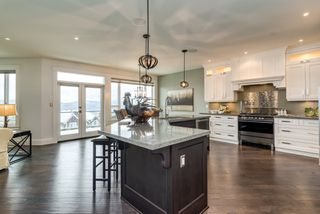 """Photo 11: 35498 MAHOGANY Drive in Abbotsford: Abbotsford East House for sale in """"EAGLE MOUNTAIN"""" : MLS®# R2372658"""