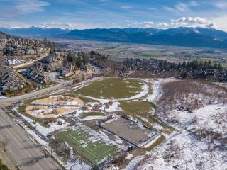 """Photo 41: 35498 MAHOGANY Drive in Abbotsford: Abbotsford East House for sale in """"EAGLE MOUNTAIN"""" : MLS®# R2372658"""