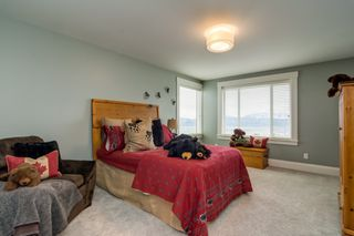 """Photo 27: 35498 MAHOGANY Drive in Abbotsford: Abbotsford East House for sale in """"EAGLE MOUNTAIN"""" : MLS®# R2372658"""