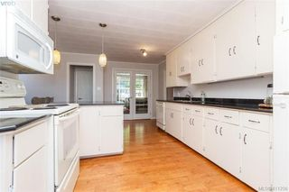 Photo 8: 1098 Lockley Rd in VICTORIA: Es Rockheights House for sale (Esquimalt)  : MLS®# 815280