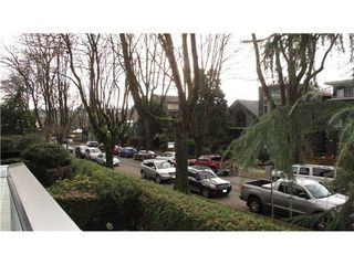 Photo 10: 212 1424 WALNUT Street in Vancouver West: Home for sale : MLS®# V986210