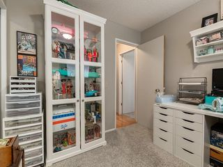 Photo 21: 512 OAKWOOD Place SW in Calgary: Oakridge Detached for sale : MLS®# C4264925