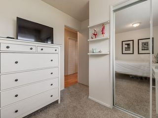 Photo 23: 512 OAKWOOD Place SW in Calgary: Oakridge Detached for sale : MLS®# C4264925