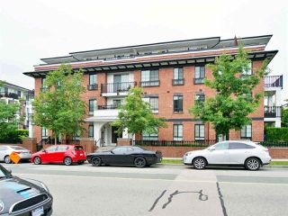 Main Photo: 302 553 FOSTER Avenue in Coquitlam: Coquitlam West Condo for sale : MLS®# R2416114