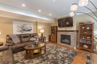 """Photo 11: 16368 58A Avenue in Surrey: Cloverdale BC House for sale in """"Highlands"""" (Cloverdale)  : MLS®# R2424070"""
