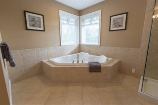 """Photo 9: 16368 58A Avenue in Surrey: Cloverdale BC House for sale in """"Highlands"""" (Cloverdale)  : MLS®# R2424070"""