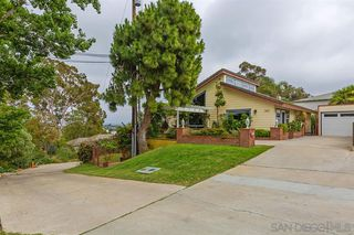 Photo 3: SAN DIEGO House for sale : 3 bedrooms : 3163 Ash St