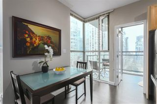 Photo 5: 1601 928 RICHARDS STREET in Vancouver: Yaletown Condo for sale (Vancouver West)  : MLS®# R2441167