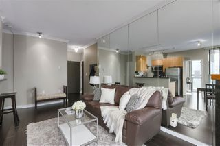 Photo 4: 1601 928 RICHARDS STREET in Vancouver: Yaletown Condo for sale (Vancouver West)  : MLS®# R2441167