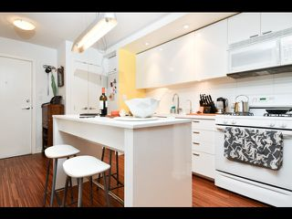 Photo 9: 601 328 11th Avenue in Vancouver: Mount Pleasant VE Condo for sale (Vancouver East)  : MLS®# R2463358