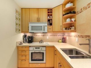 "Photo 5: 206 3255 HEATHER Street in Vancouver: Cambie Condo for sale in ""ALTA VISTA COURT"" (Vancouver West)  : MLS®# R2484129"