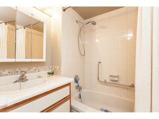Photo 34: 200 1459 BLACKWOOD Street: White Rock Condo for sale (South Surrey White Rock)  : MLS®# R2491056