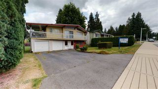 Photo 4: 4982 203 Street in Langley: Langley City House for sale : MLS®# R2495872