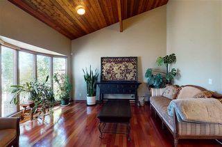 Photo 2: 9823 161 Avenue in Edmonton: Zone 27 House for sale : MLS®# E4225124
