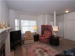 Photo 3: 5 3633 Cedar Hill Road in VICTORIA: SE Cedar Hill Townhouse for sale (Saanich East)  : MLS®# 291622