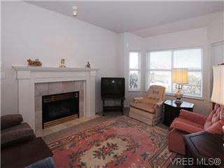 Photo 4: 5 3633 Cedar Hill Road in VICTORIA: SE Cedar Hill Townhouse for sale (Saanich East)  : MLS®# 291622