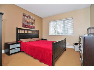 """Photo 5: 224 5211 IRMIN Street in Burnaby: Metrotown Townhouse for sale in """"ROYAL GARDENS"""" (Burnaby South)  : MLS®# V885252"""