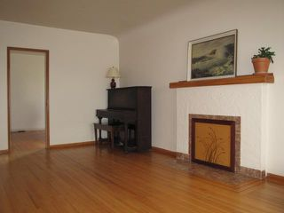 """Photo 3: 88 W 27TH Avenue in Vancouver: Cambie House for sale in """"Riley Park/Cambie"""" (Vancouver West)  : MLS®# V900358"""