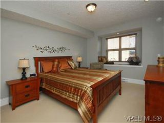 Photo 10: 209 755 Goldstream Ave in VICTORIA: La Langford Proper Condo Apartment for sale (Langford)  : MLS®# 590944