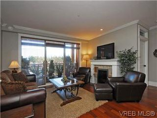 Photo 2: 209 755 Goldstream Ave in VICTORIA: La Langford Proper Condo Apartment for sale (Langford)  : MLS®# 590944