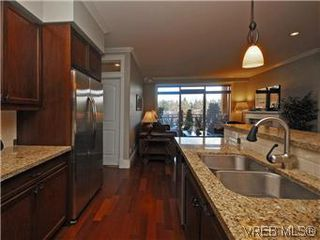 Photo 8: 209 755 Goldstream Ave in VICTORIA: La Langford Proper Condo Apartment for sale (Langford)  : MLS®# 590944