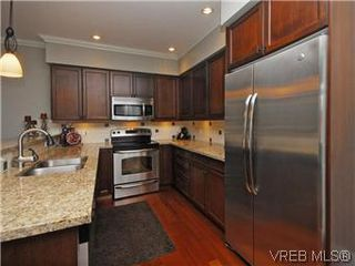 Photo 7: 209 755 Goldstream Ave in VICTORIA: La Langford Proper Condo Apartment for sale (Langford)  : MLS®# 590944