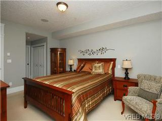Photo 12: 209 755 Goldstream Ave in VICTORIA: La Langford Proper Condo Apartment for sale (Langford)  : MLS®# 590944