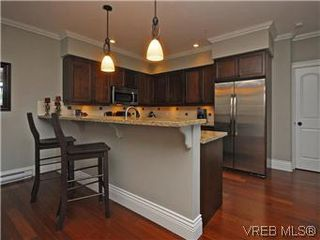 Photo 6: 209 755 Goldstream Ave in VICTORIA: La Langford Proper Condo Apartment for sale (Langford)  : MLS®# 590944