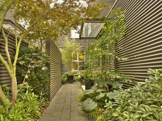 Photo 1: 728 HEATLEY Avenue in Vancouver: Mount Pleasant VE Condo for sale (Vancouver East)  : MLS®# V970534