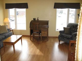 Photo 2: 50 Blue Lake Bay in Winnipeg: Fort Garry / Whyte Ridge / St Norbert Residential for sale (South Winnipeg)  : MLS®# 1306246