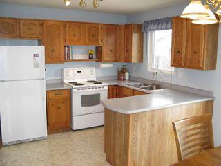 Photo 5: 50 Blue Lake Bay in Winnipeg: Fort Garry / Whyte Ridge / St Norbert Residential for sale (South Winnipeg)  : MLS®# 1306246