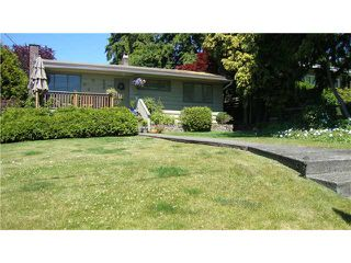 Photo 2: 1115 HAYWOOD AVE in West Vancouver: Ambleside House for sale
