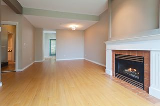 Photo 7: 6 6611 Southoaks Crescent in Burnaby: Highgate Townhouse for sale (Burnaby South)  : MLS®# V1008585